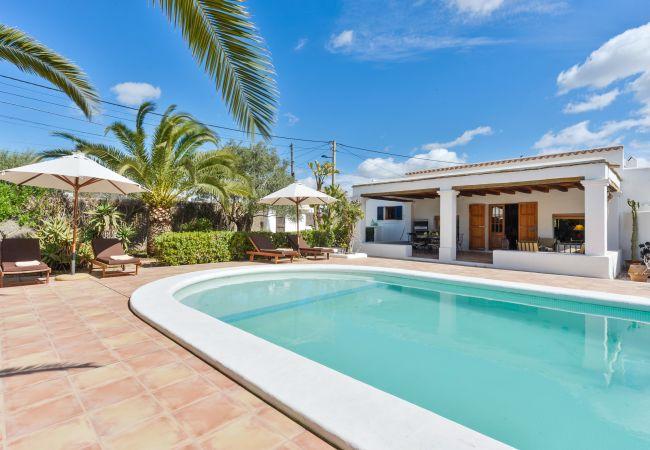 Villa en Ibiza - Villa de 3 dormitorios a400 mde la playa