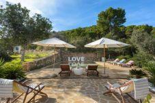 Villa en Ibiza - GROS Villa. Ibiza. 8-9 pax Finca...