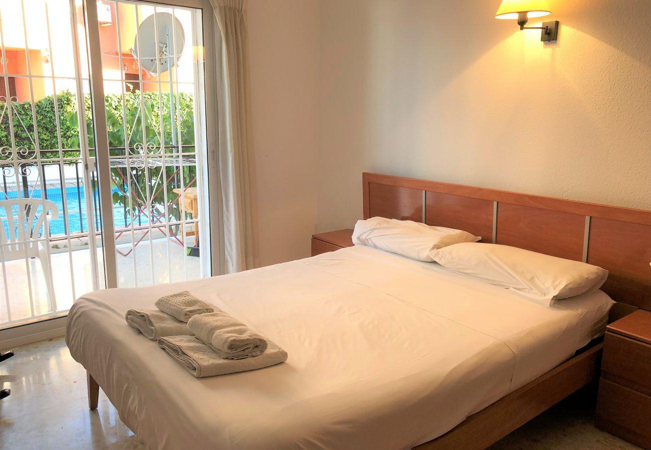 Apartamento en Nerja - Apartamento de 2 dormitorios a600 mde la playa