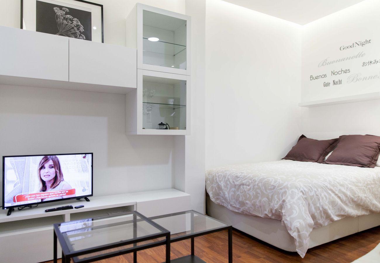 Estudio en Madrid - Studio Madrid Downtown Malasaña M (DP13)