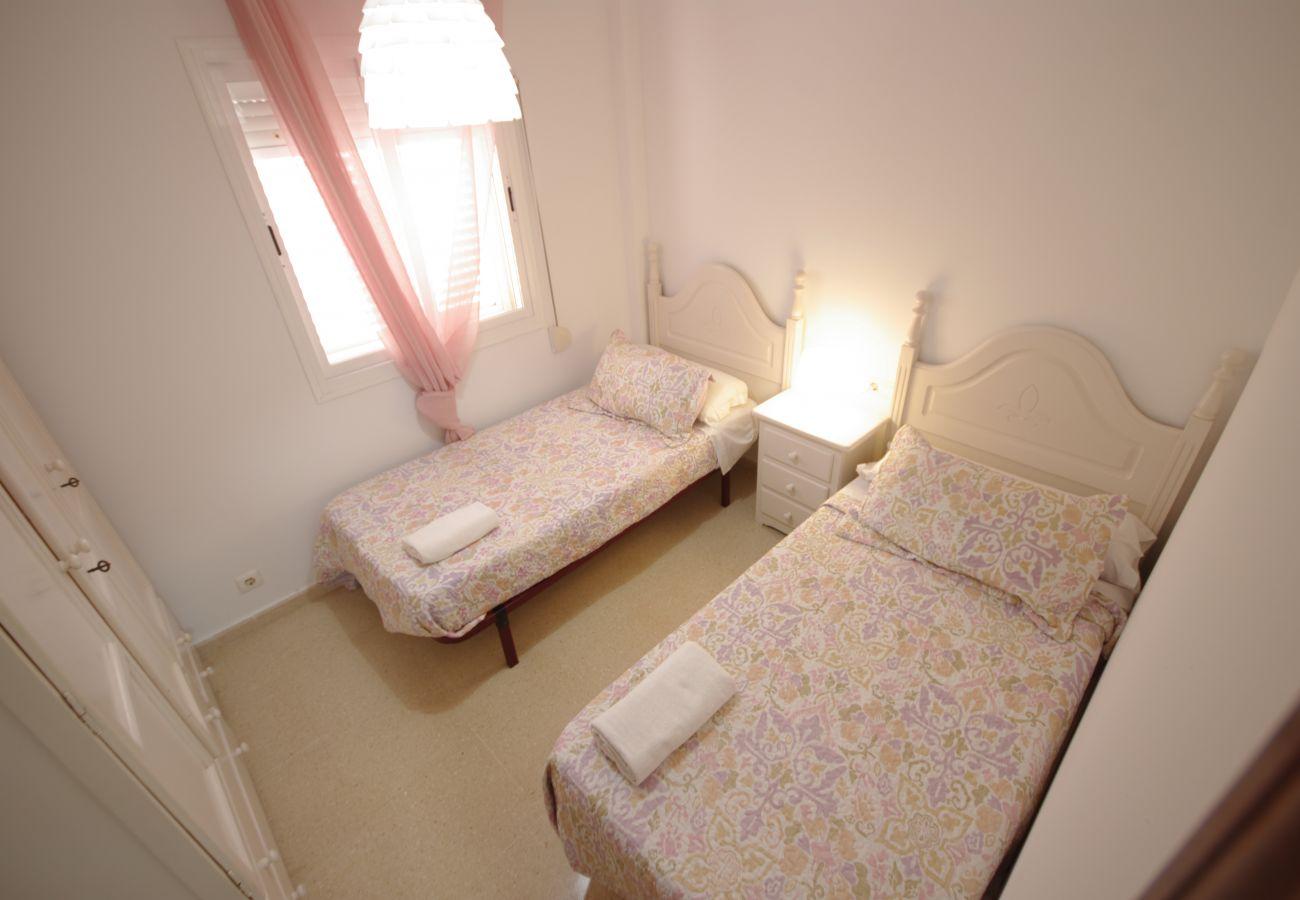 Apartamento en Tarifa - Apartamento con piscina a20 mde la playa