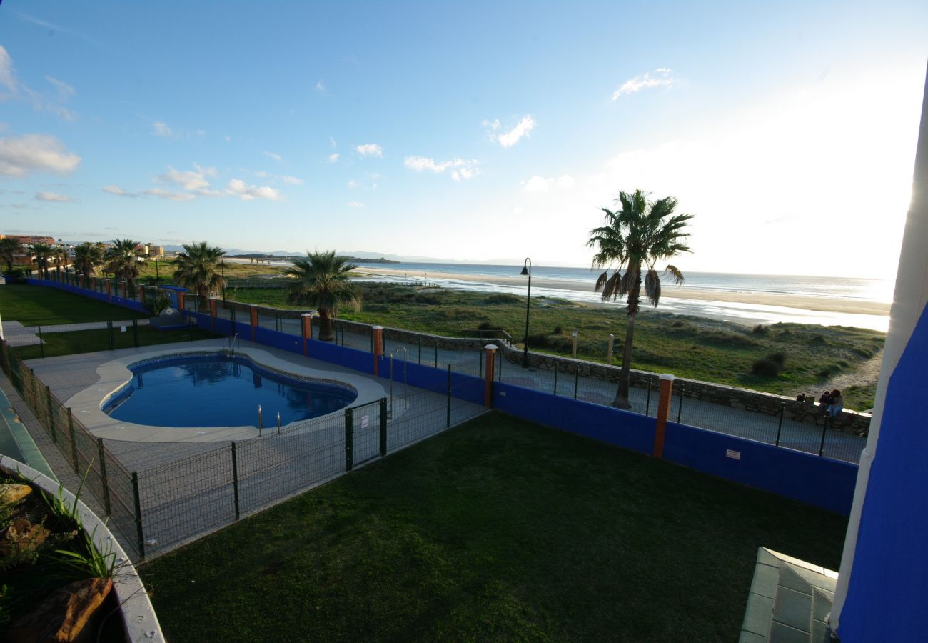 Apartamento en Tarifa - Apartamento con piscina a10 mde la playa