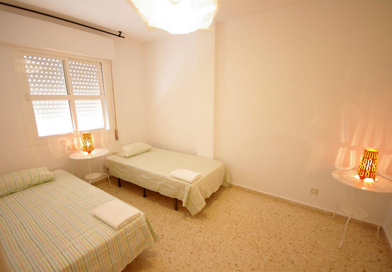 Apartamento en Tarifa - Apartamento de 4 dormitorios a100 mde la playa