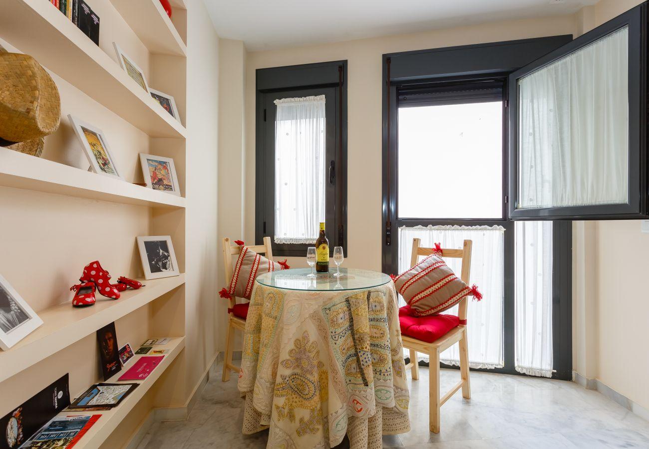Apartamento en Cádiz - Apartamento de 1 dormitorios a700 mde la playa