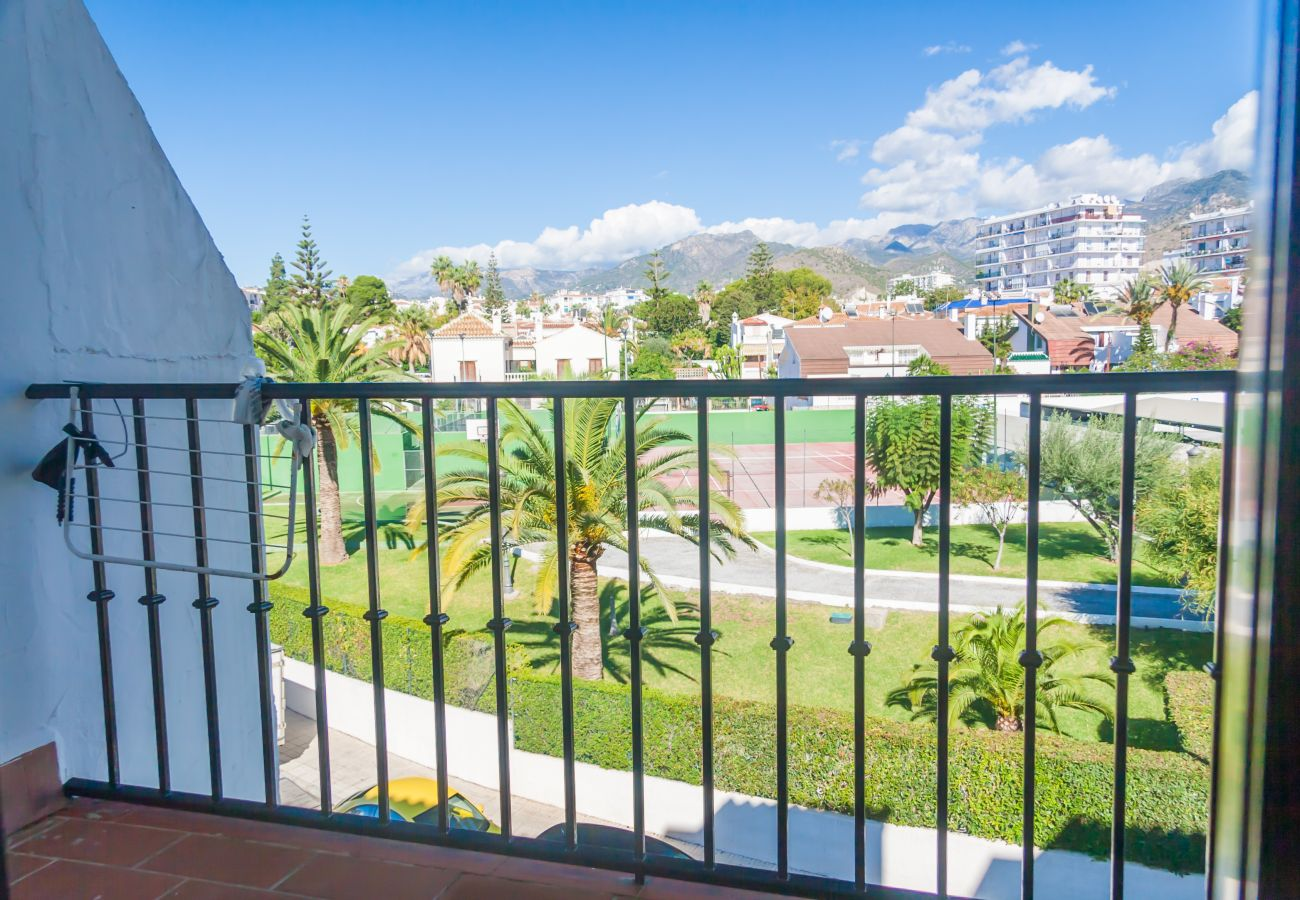 Apartamento en Nerja - Apartamento de 2 dormitorios a100 mde la playa