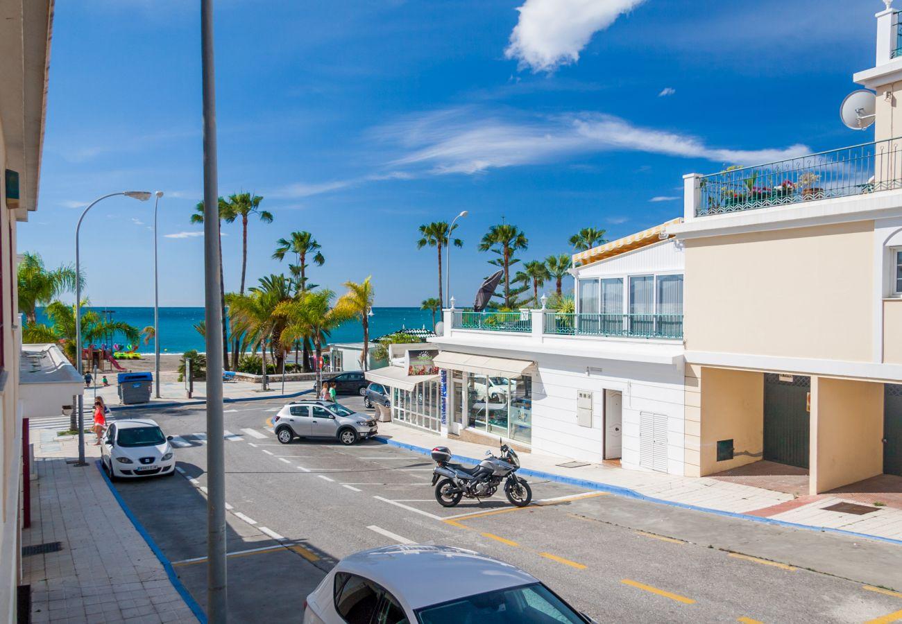Apartamento en Nerja - Apartamento con aire acondicionado a50 mde la playa