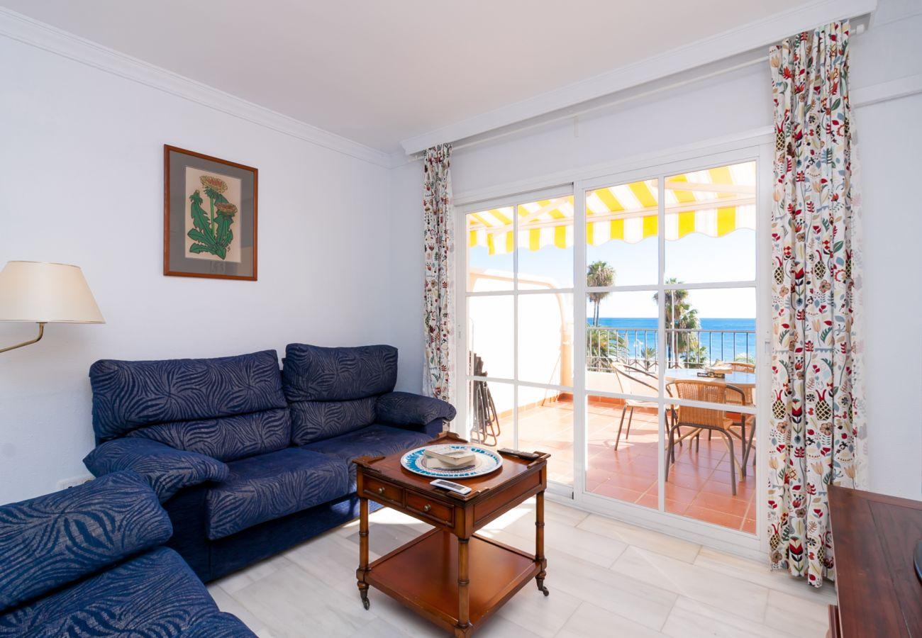 Apartamento en Nerja - Apartamento con aire acondicionado a10 mde la playa
