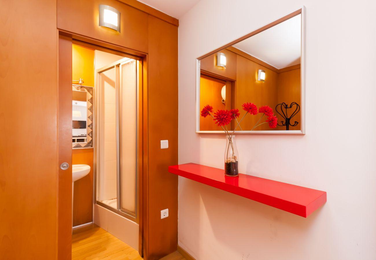 Apartamento en Nerja - Apartamento con aireacondicionado a100 mde la playa