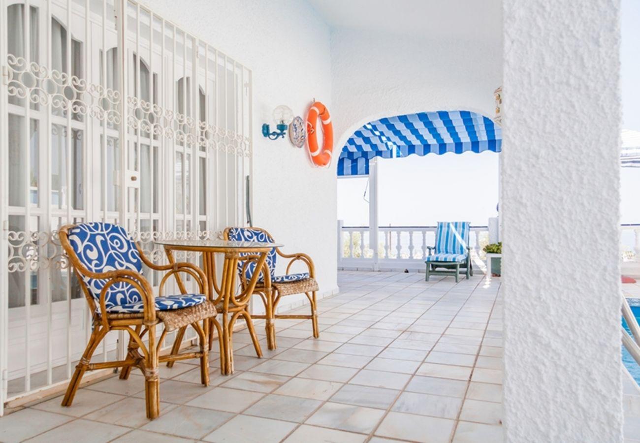 Villa en Nerja - Villa para 4 personas en Nerja