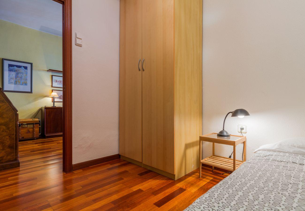 Apartamento en Barcelona - PORT, piso turístico en alquiler luminoso, tranquilo, bonitas vistas de Barcelona.