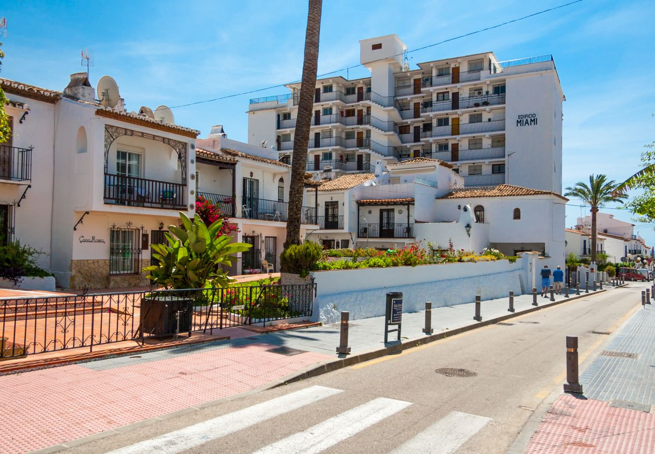 Casa en Nerja - Casa con piscina a1 kmde la playa