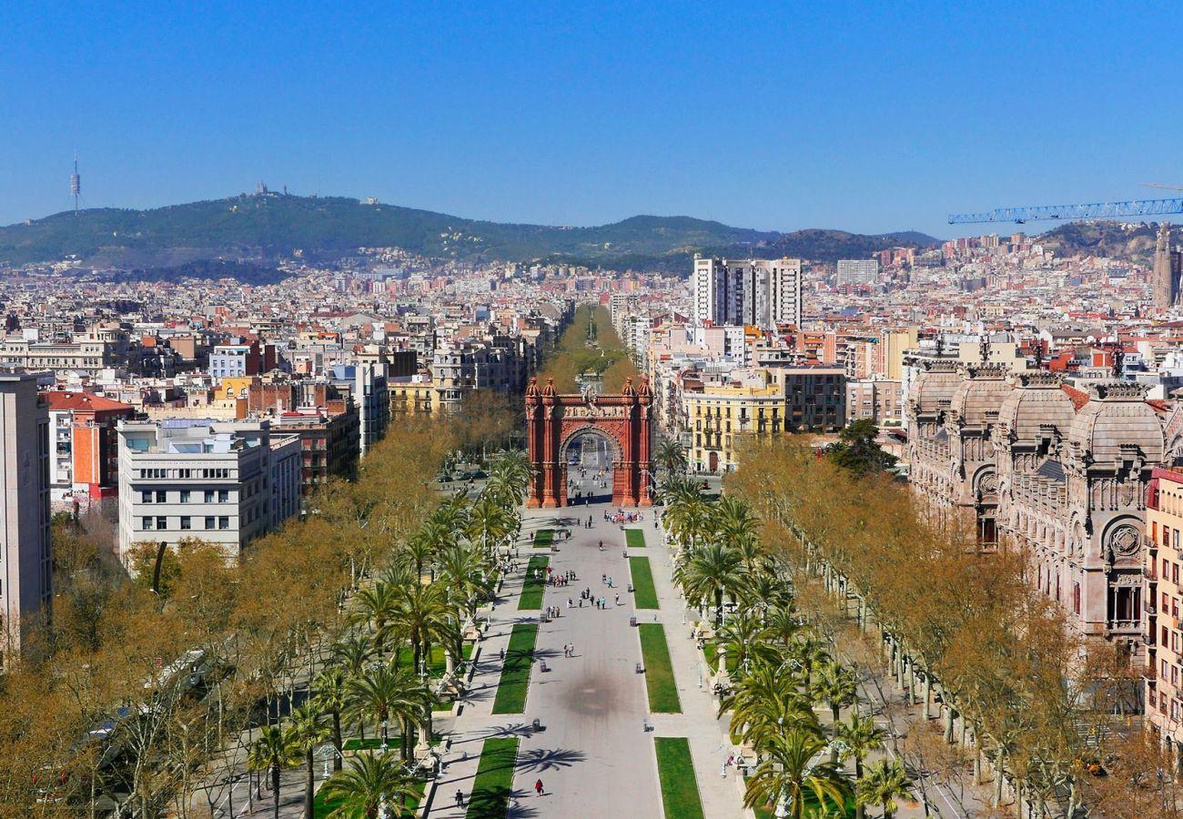 Apartamento en Barcelona - Apartamento bonito con balcón en alquiler por días en Barcelona centro, Gracia
