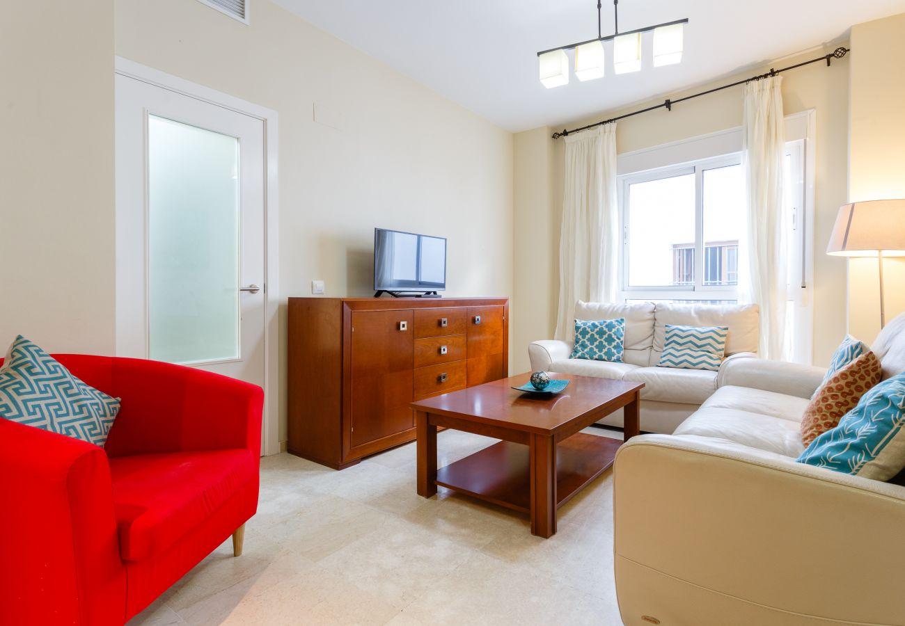 Apartamento en Cádiz - Apartamento de 3 dormitorios a900 mde la playa