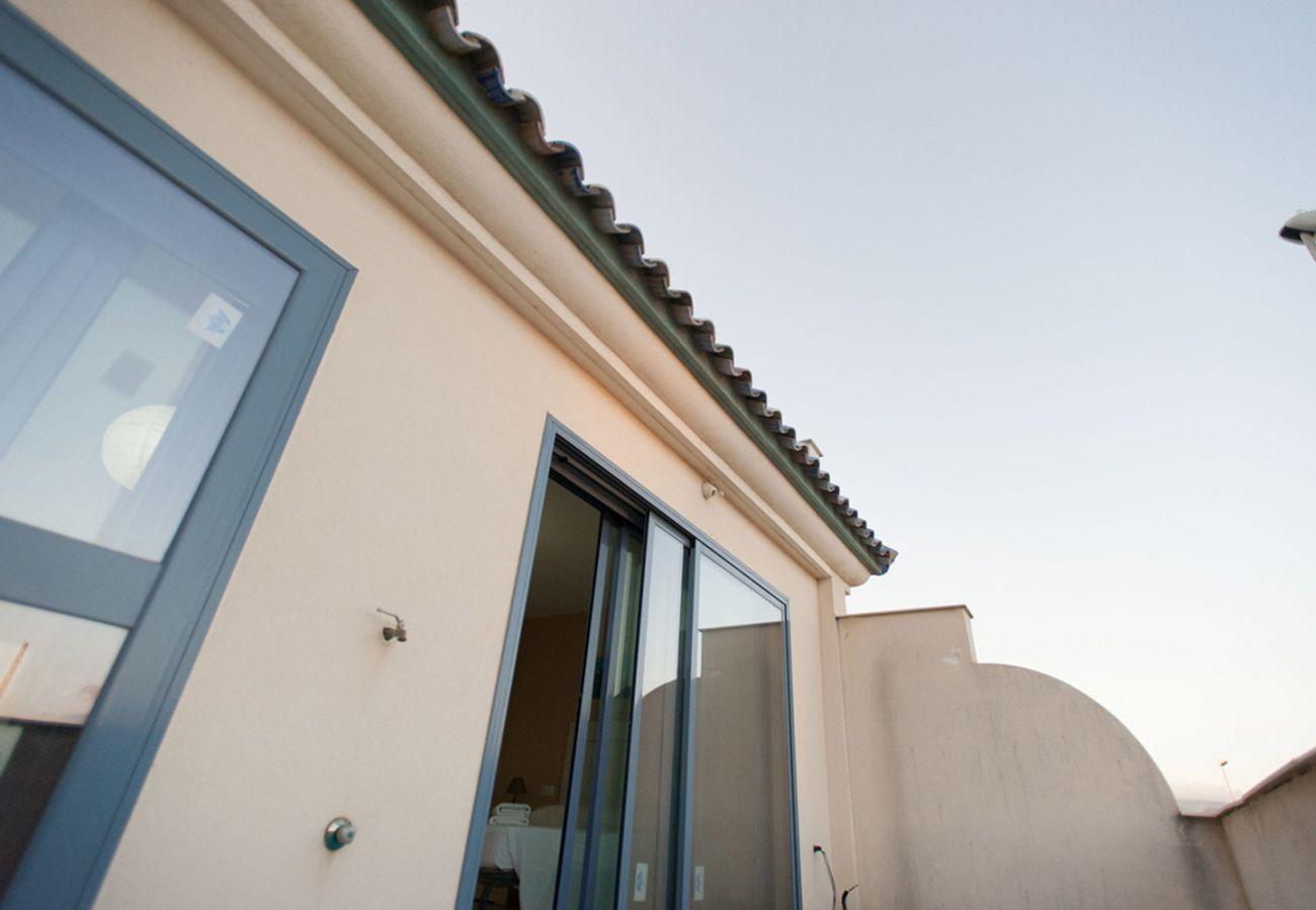 Apartamento en Tarifa - Apartamento con piscina a30 mde la playa