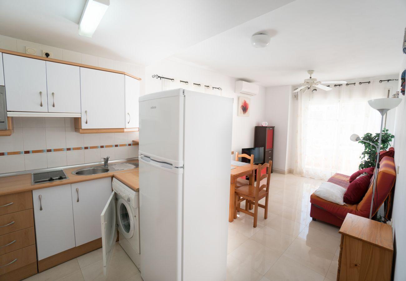 Apartamento en Nerja - Apartamento con aireacondicionado a500 mde la playa