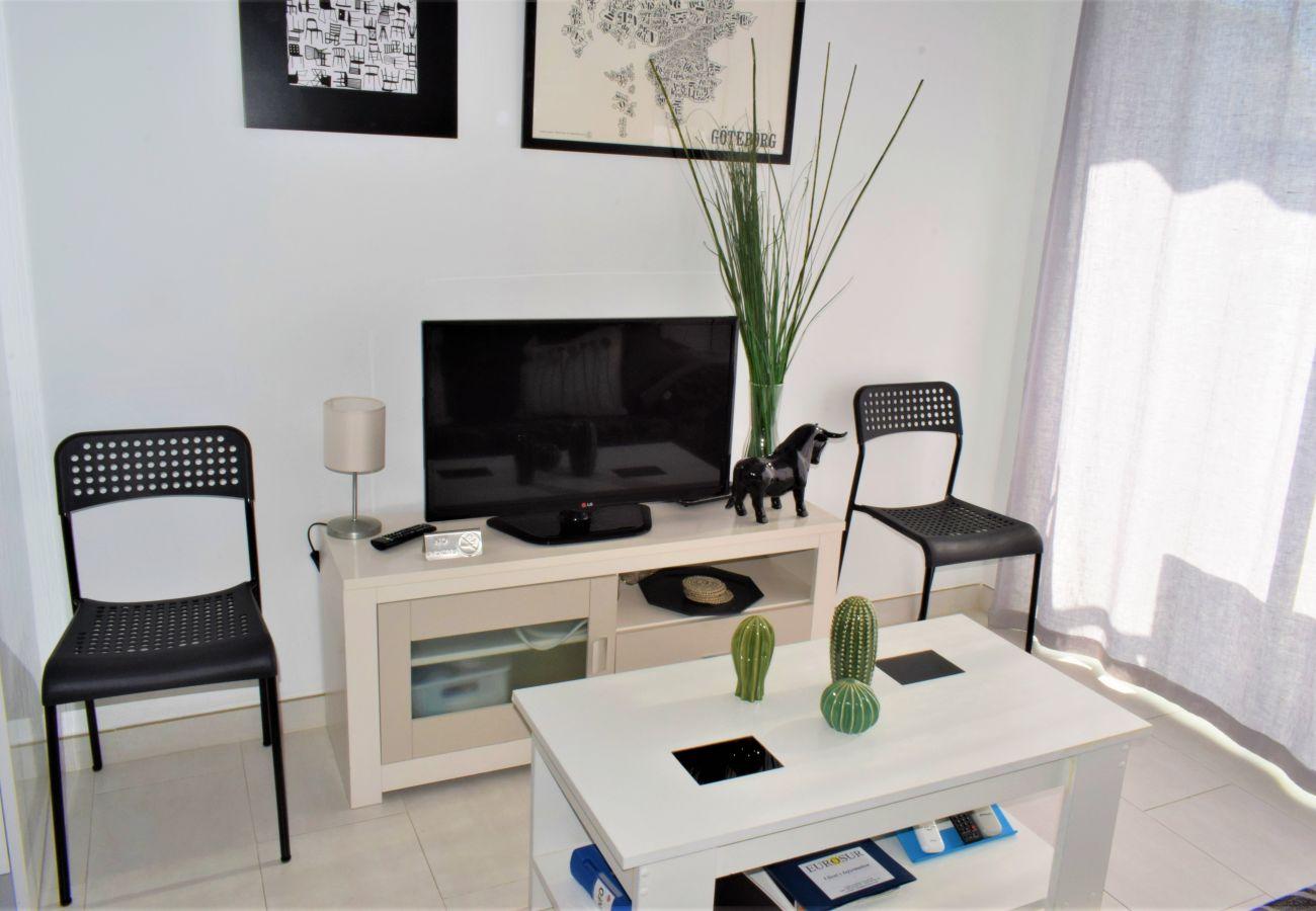Apartamento en Nerja - Apartamento de 1 dormitorios a50 mde la playa