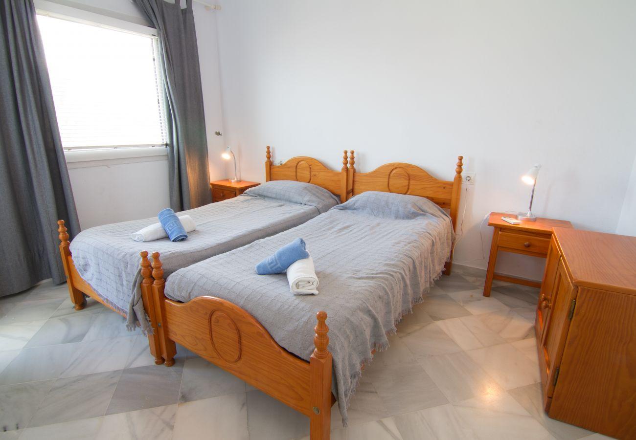 Apartamento en Nerja - Apartamento de 2 dormitorios a5 mde la playa