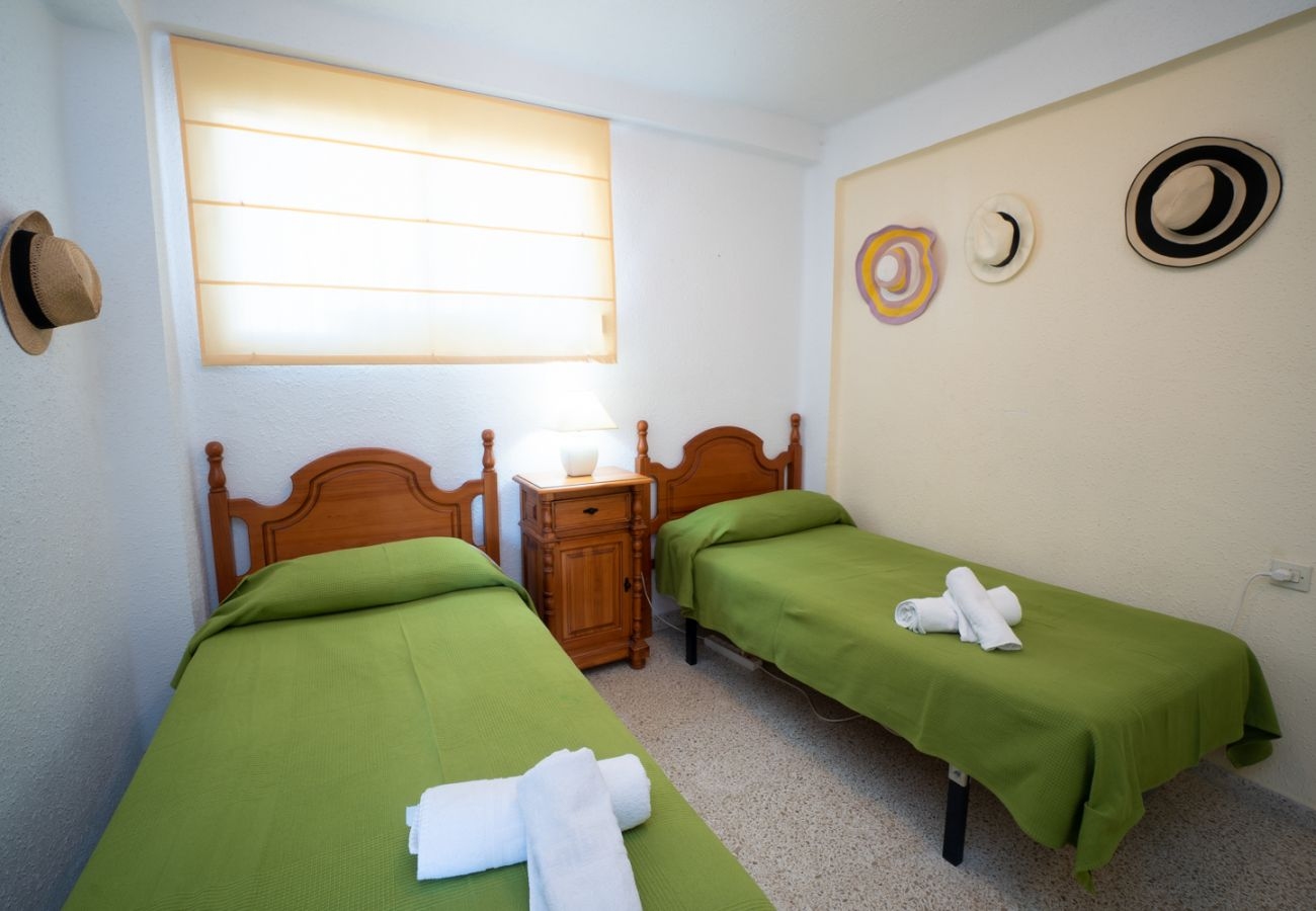 Apartamento en Nerja - Apartamento con piscina a500 mde la playa