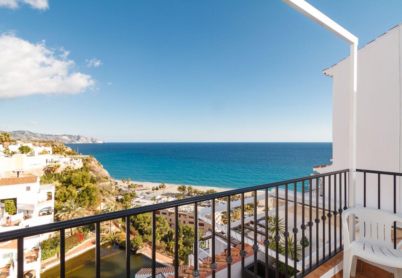 Apartamento en Nerja - Apartamento para 6 personas a200 mde la playa