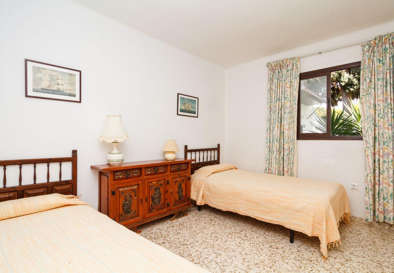 Apartamento en Nerja - Apartamento para 4 personas a200 mde la playa