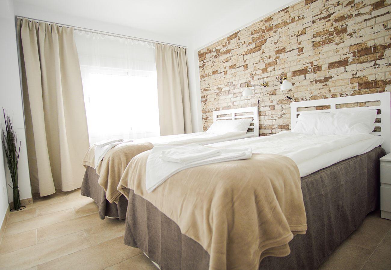 Apartamento en Nerja - Apartamento para 6 personas a300 mde la playa