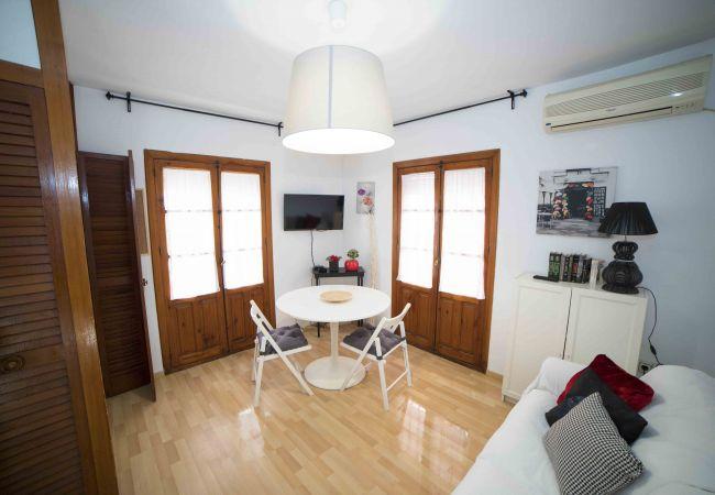 Apartamento en Sevilla - A (S.S.LAG11)Apartamento Inmaculada de Murillo