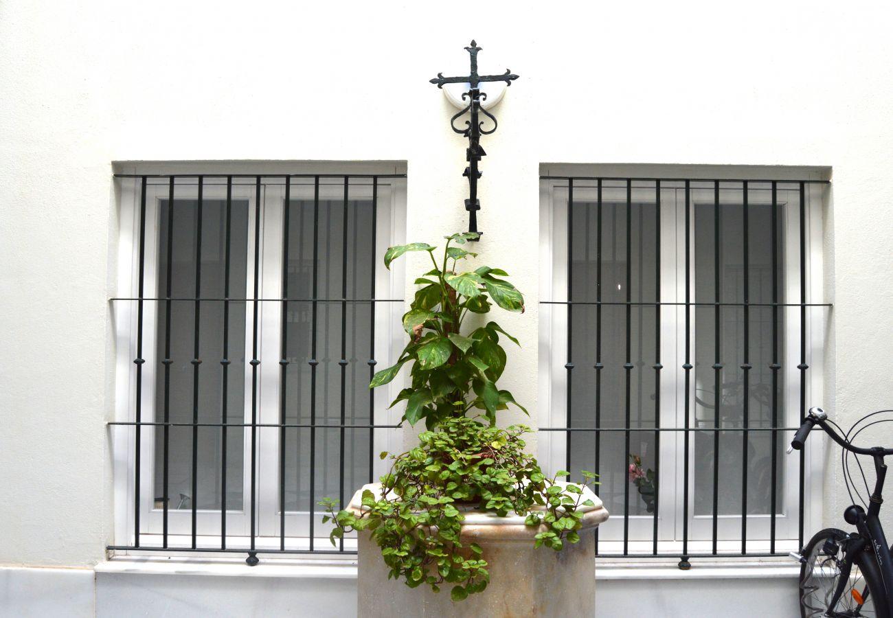 Apartamento en Cádiz - Apartamento de 1 dormitorios a600 mde la playa