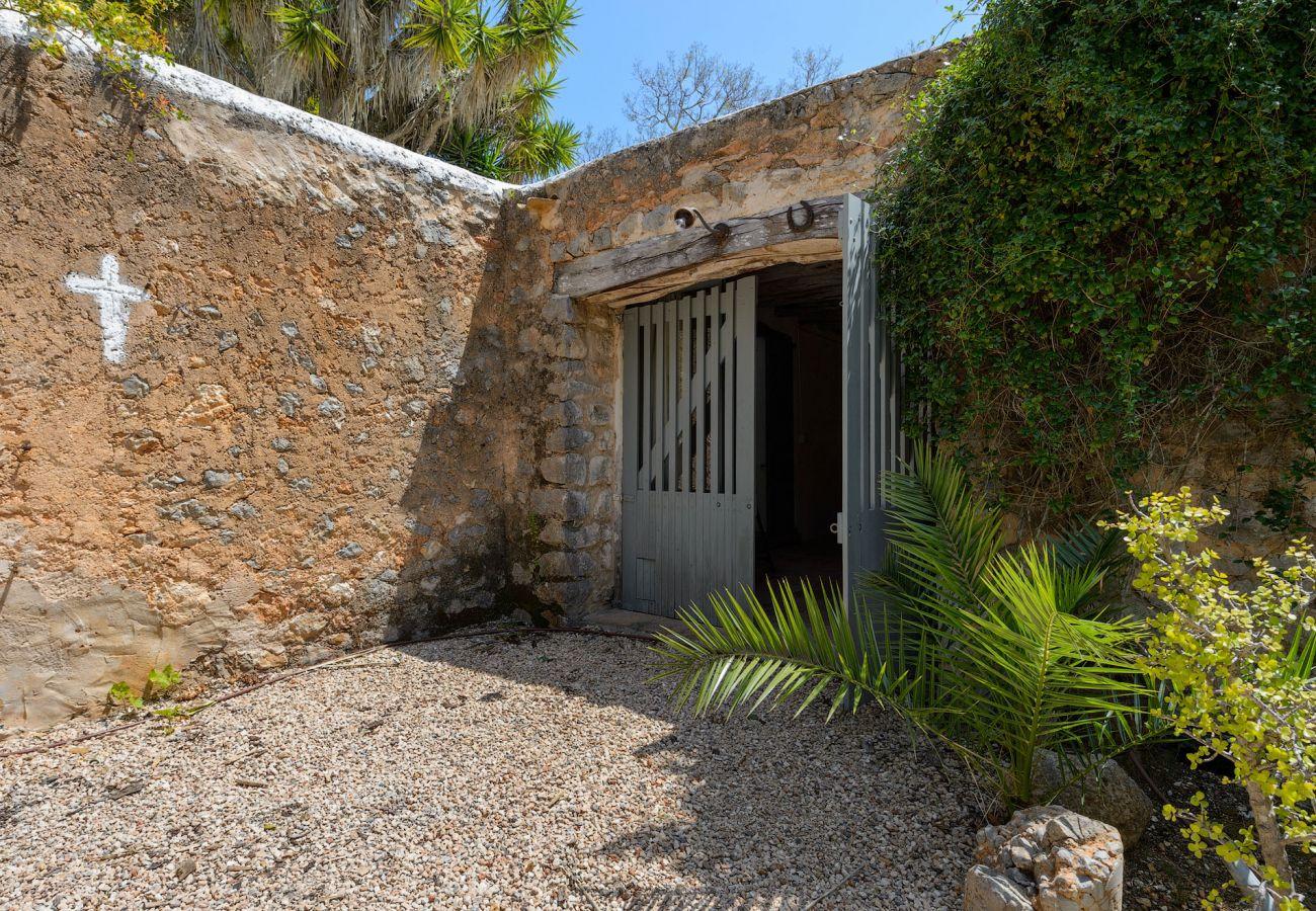Finca en Ibiza - Finca con piscina en Ibiza