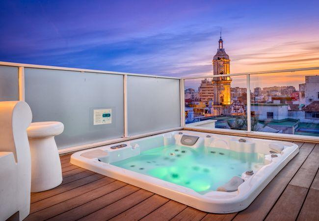Apartamento en Málaga - iloftmalaga Premium Calle Nueva 5C, Jacuzzi y terraza privada