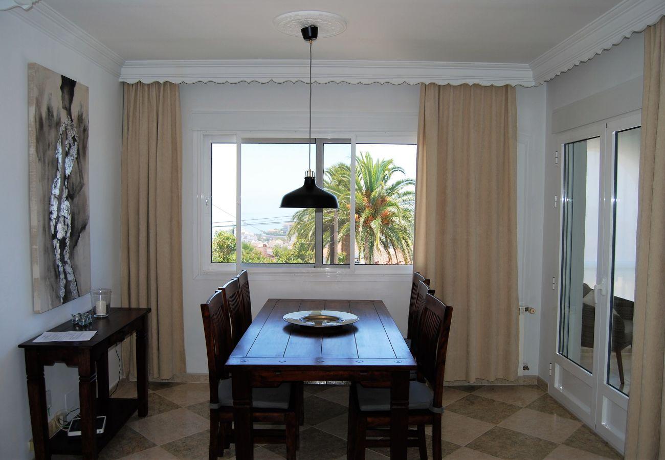 Apartamento en Nerja - Apartamento de 2 dormitorios a1 kmde la playa