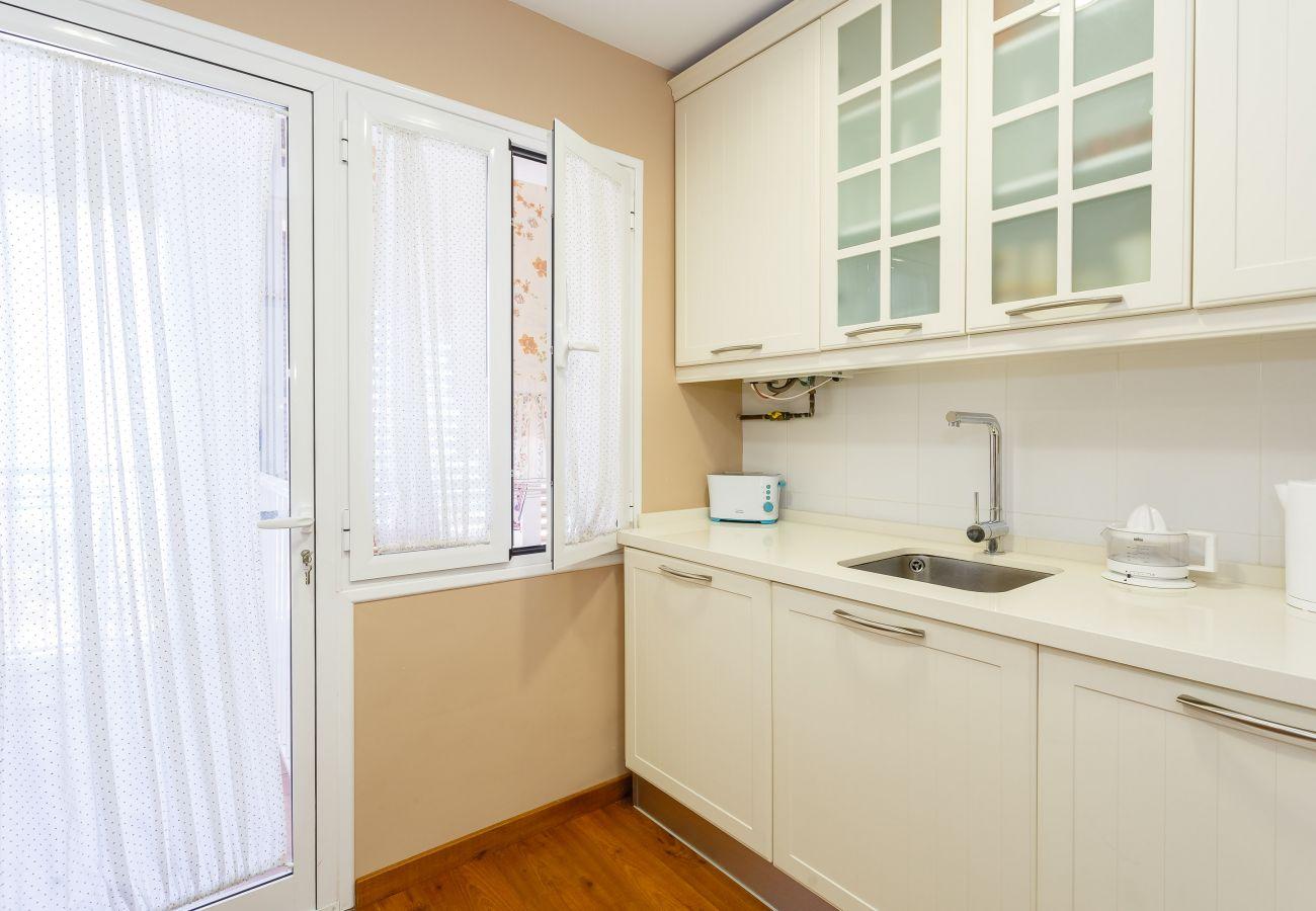 Apartamento en Cádiz - Apartamento de 4 dormitorios a150 mde la playa