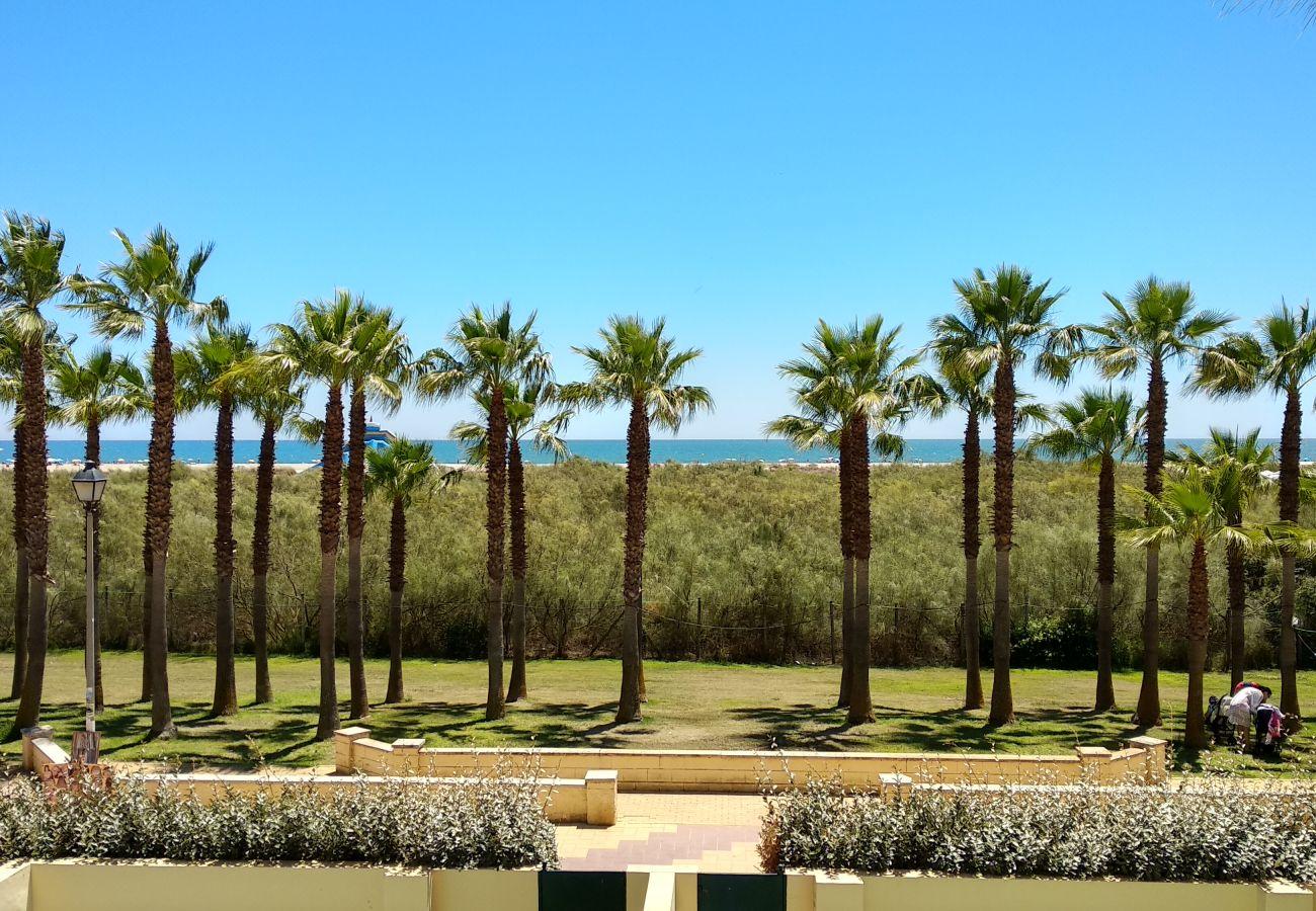 Apartamento en Punta del Moral - Apartamento con piscina a60 mde la playa