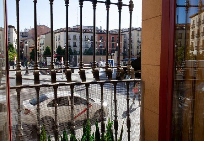 Apartamento en Madrid - M (CAP1) Centro – Piso Lujo – Opera Theatre