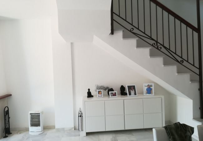 Casa adosada en Estepona - A (M.E.BBC2) Chalet lujoso primera línea de playa/