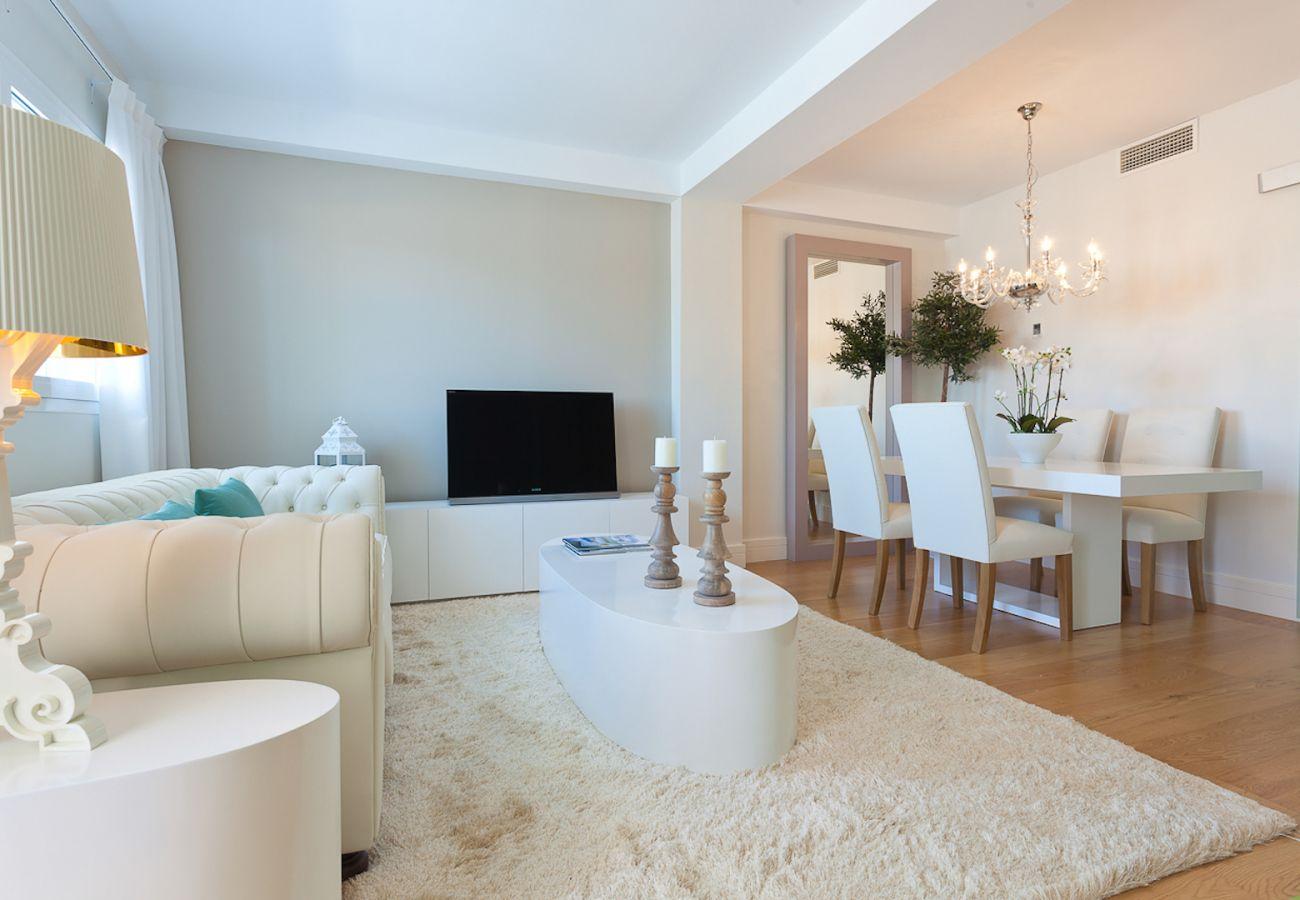 Apartamento en Málaga - iloftmalaga Premium Calle Nueva 5A, Jacuzzi y terraza privada
