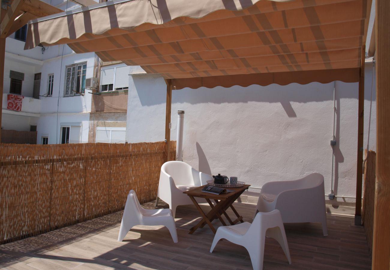 Casa en Valencia - Casa con aire acondicionado a600 mde la playa