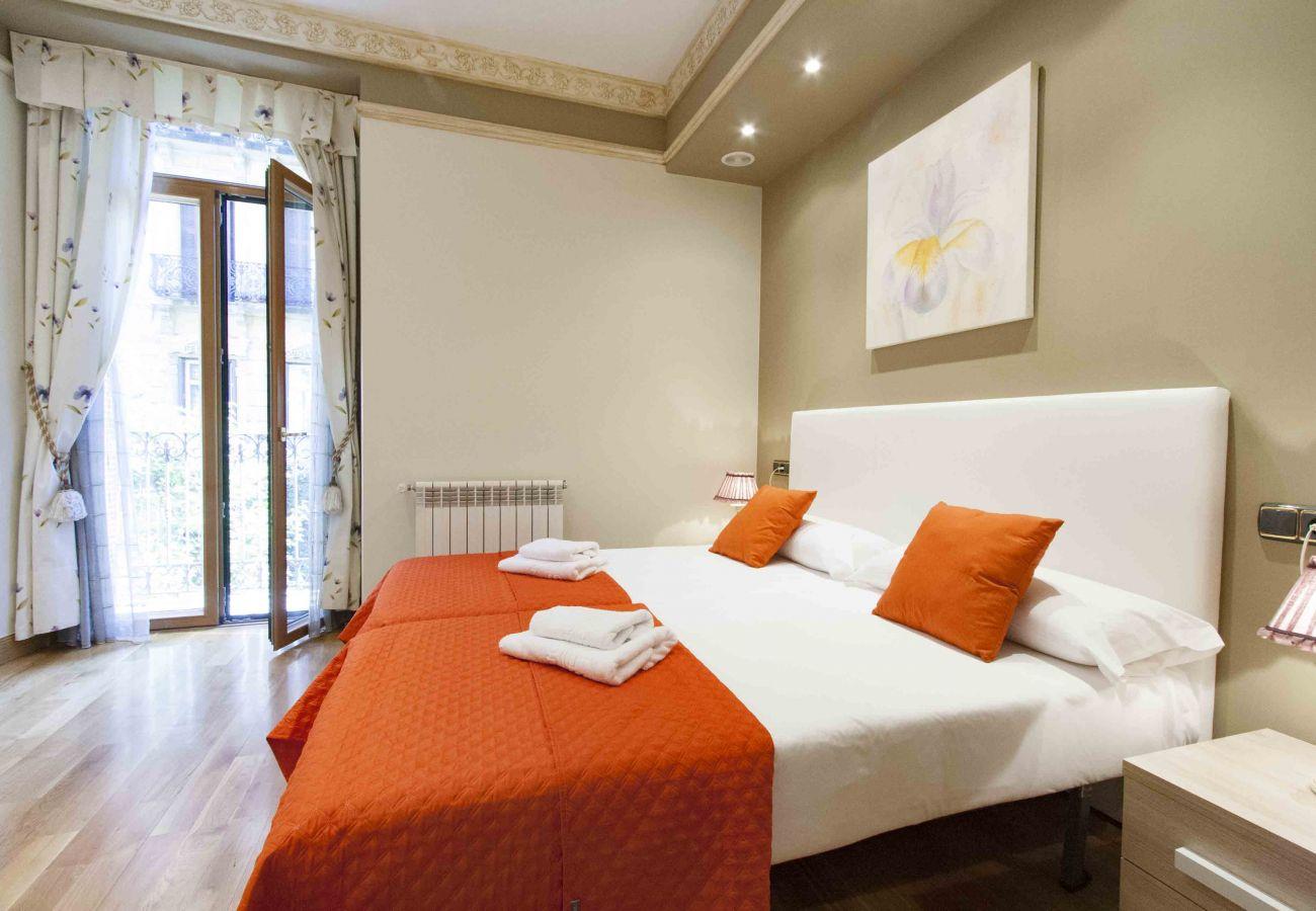 Apartamento en San Sebastián - Apartamento de 3 dormitorios a550 mde la playa