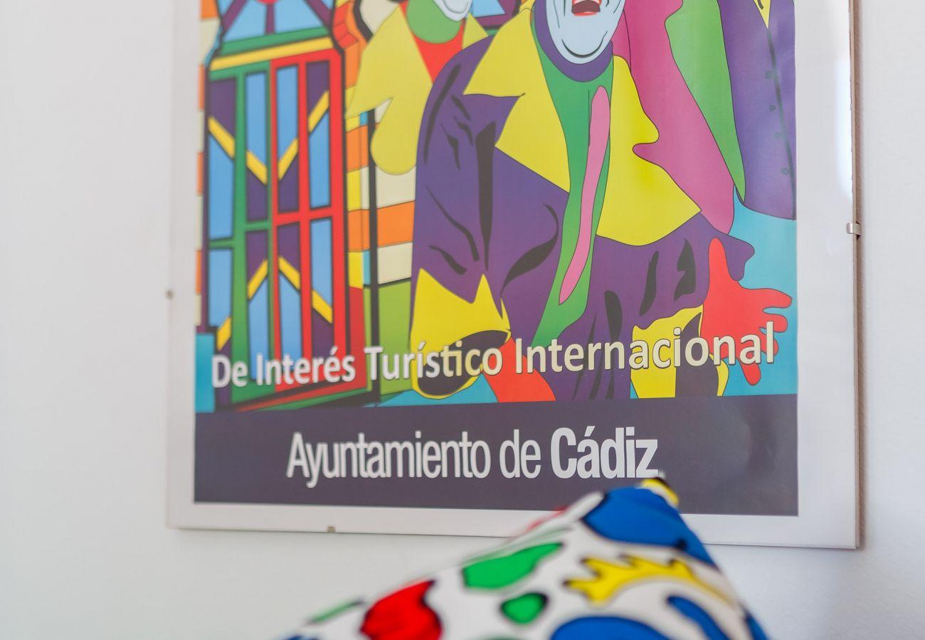 Apartamento en Cádiz - Apartamento de 2 dormitorios a800 mde la playa