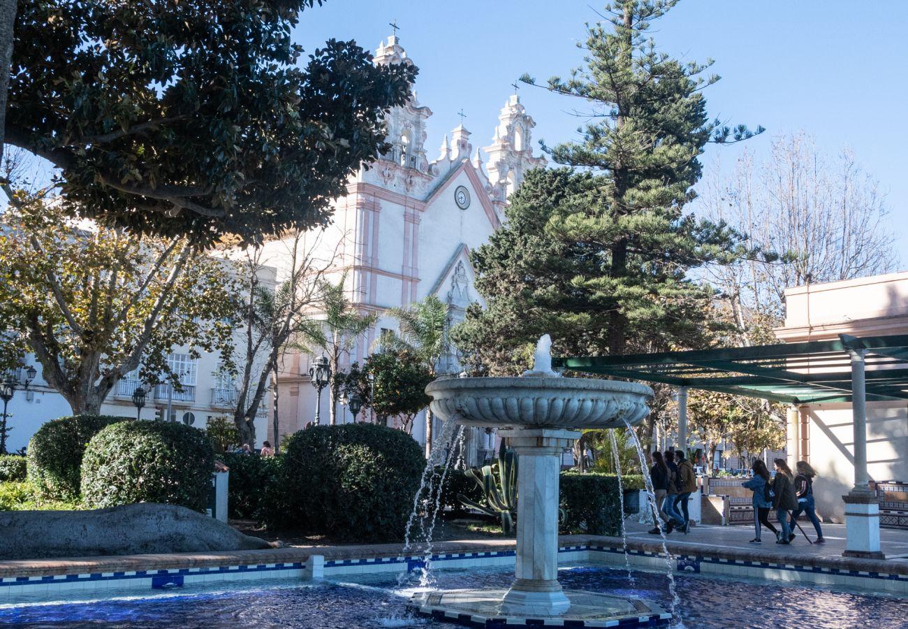 Apartamento en Cádiz - Apartamento con aireacondicionado a500 mde la playa