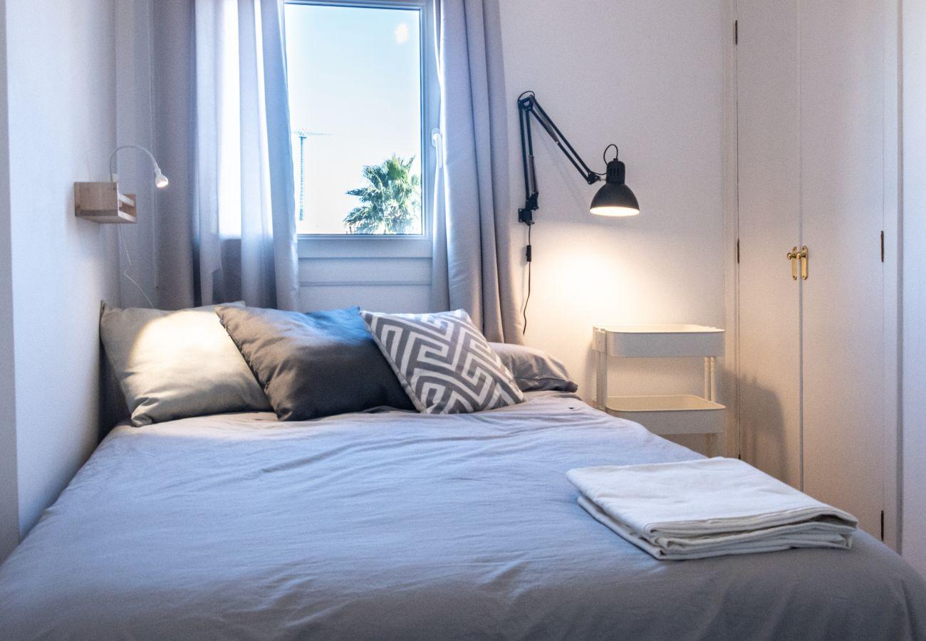 Apartamento en Cádiz - Apartamento para 6 personas a200 mde la playa