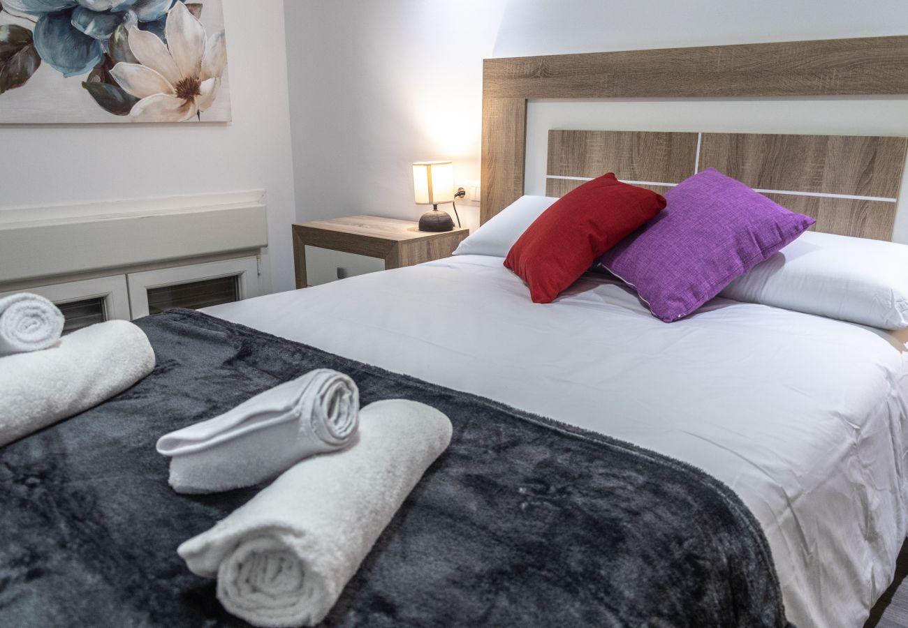 Apartamento en Cádiz - Apartamento de 4 dormitorios a50 mde la playa