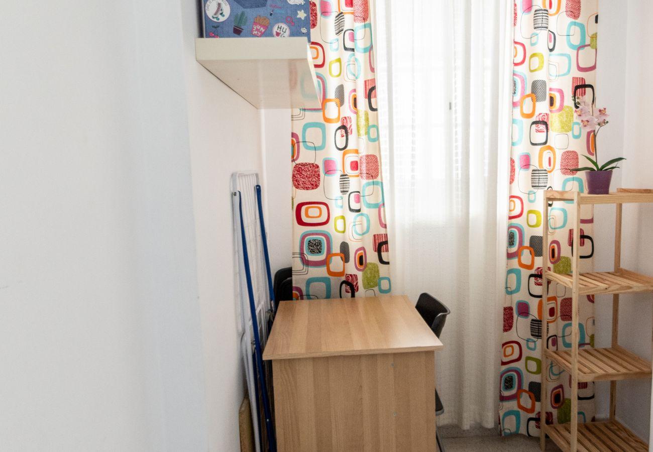 Apartamento en Cádiz - Apartamento para 4 personas a500 mde la playa