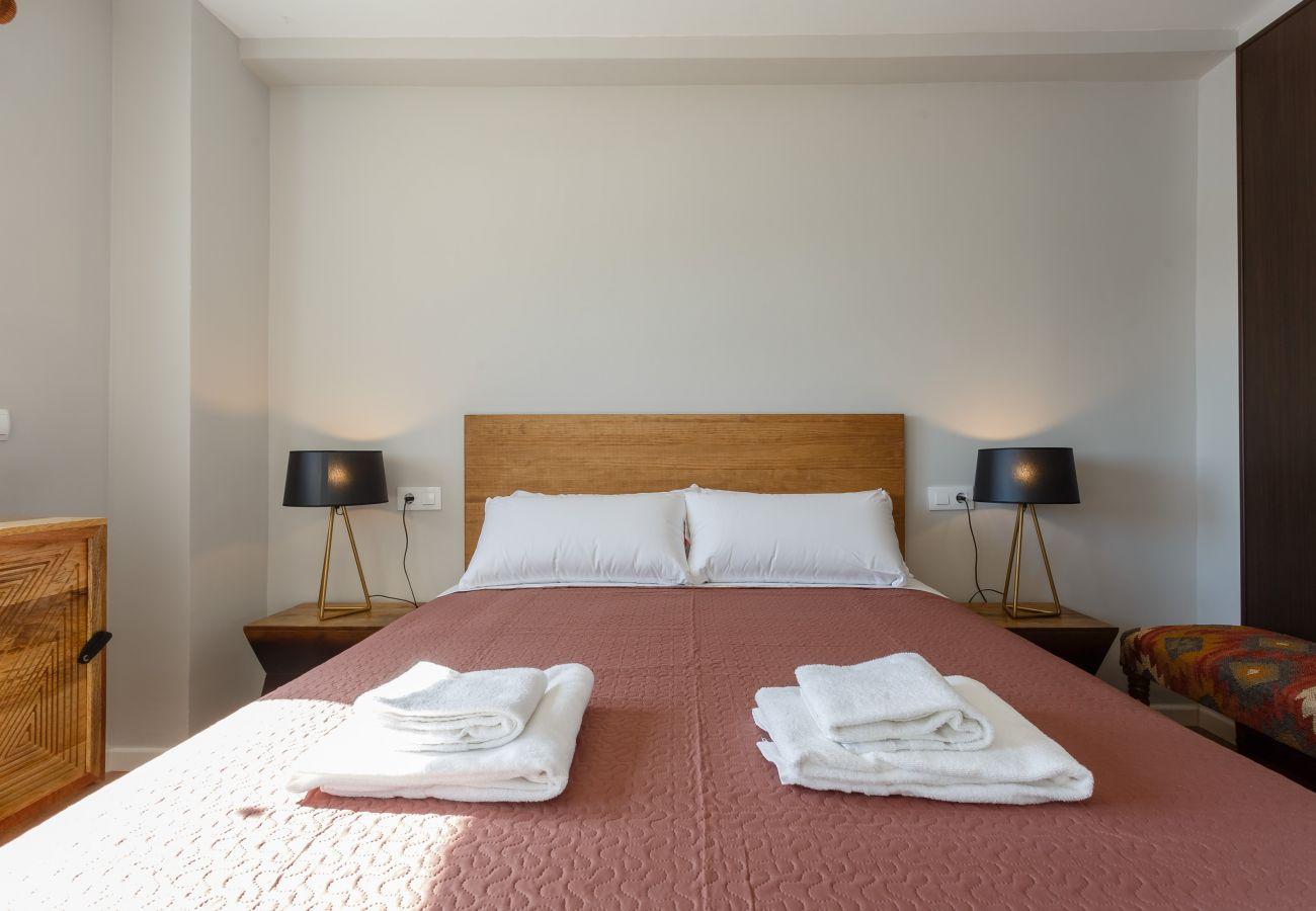 Apartamento en Cádiz - Apartamento de 2 dormitorios a350 mde la playa
