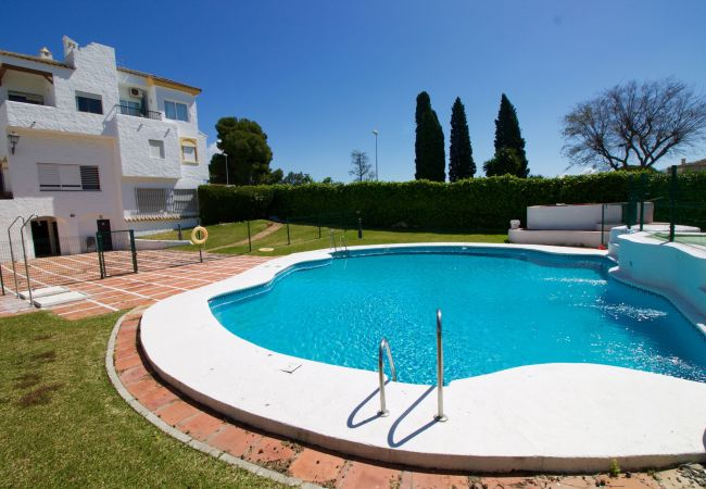 Apartamento en Puerto de Santa María - Vista Hermosa piscina terraza privada  aparcamiento  by Lightbooking
