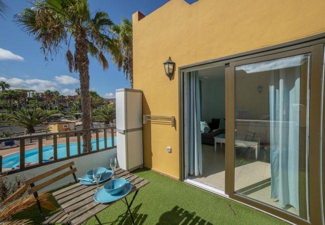 Apartamento en Corralejo - Oasis Royal 11 apartamento vista piscina Corralejo by Lightbooking