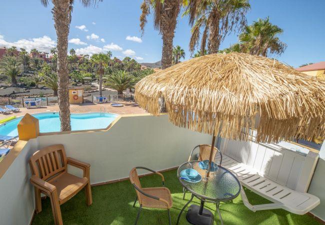Apartamento en Corralejo - Oasis Royal 13 apartamento vista piscina Corralejo by Lightbooking