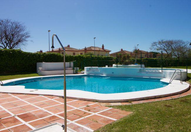 Apartamento en Puerto de Santa María - Vista Hermosa II piscina terraza privada  aparcamiento  by Lightbooking