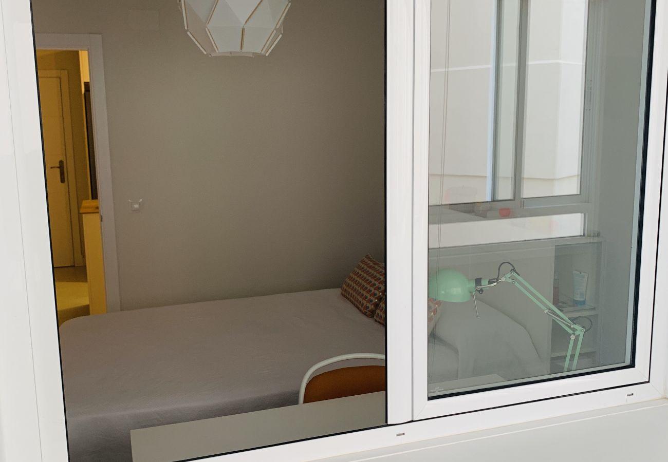 Apartamento en Cádiz - Apartamento para 5 personas a50 mde la playa