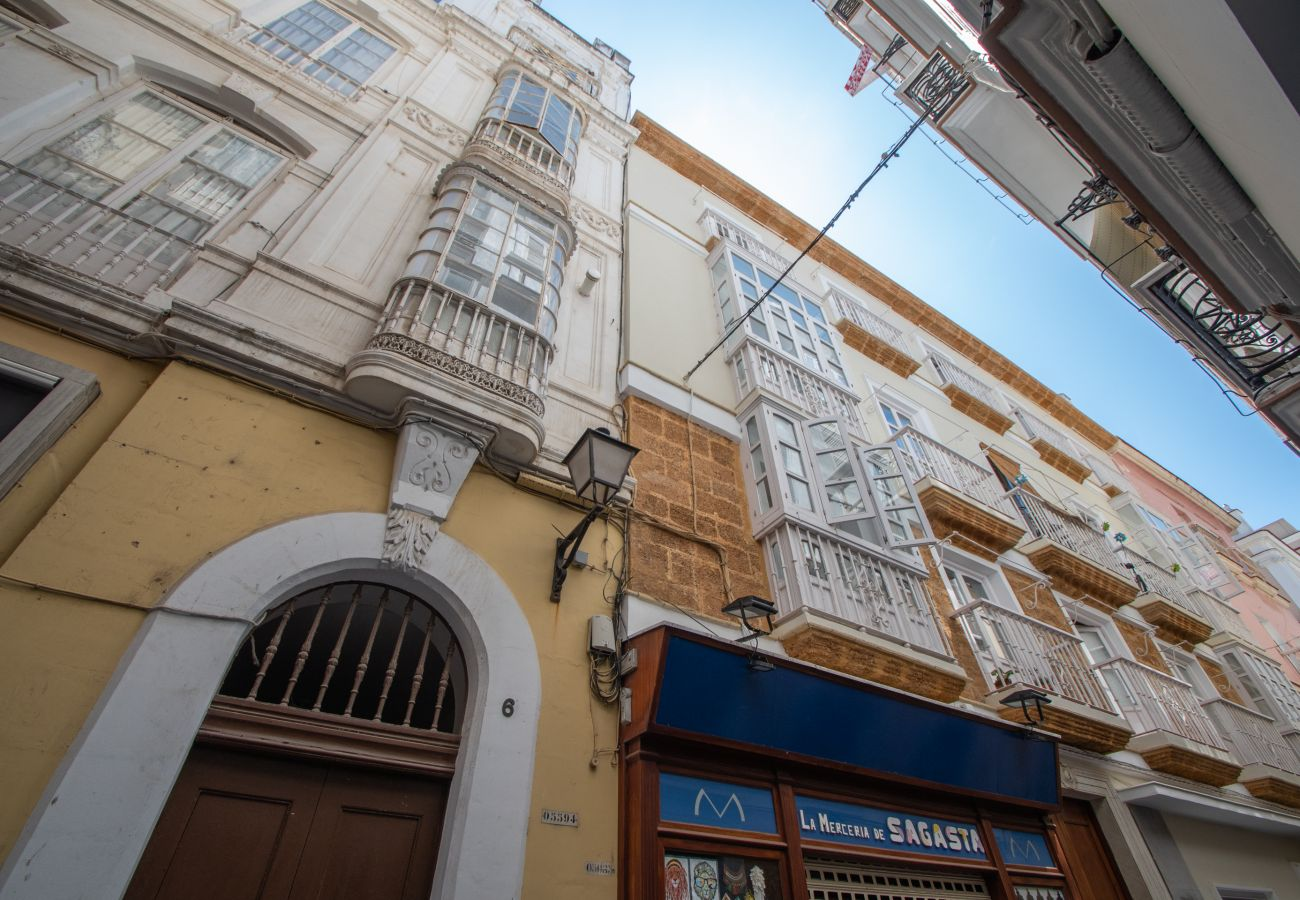 Apartamento en Cádiz - Apartamento para 4 personas a600 mde la playa