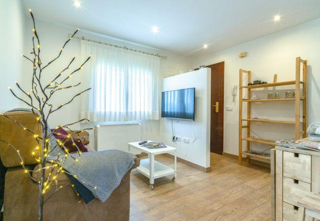 Apartamento en Madrid - FREE WiFi Apartment Vallecas-Albufera-Pedro Laborde M (SDM21)